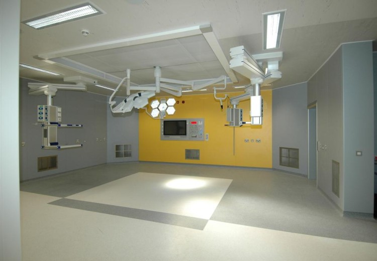 Craigavon Area Hospital – Laminar Flow Operating Theatre