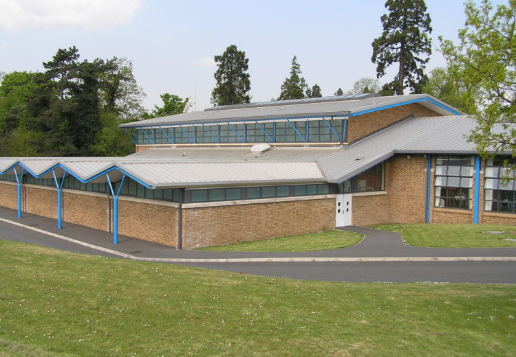 Hunterhouse College – Sports Hall